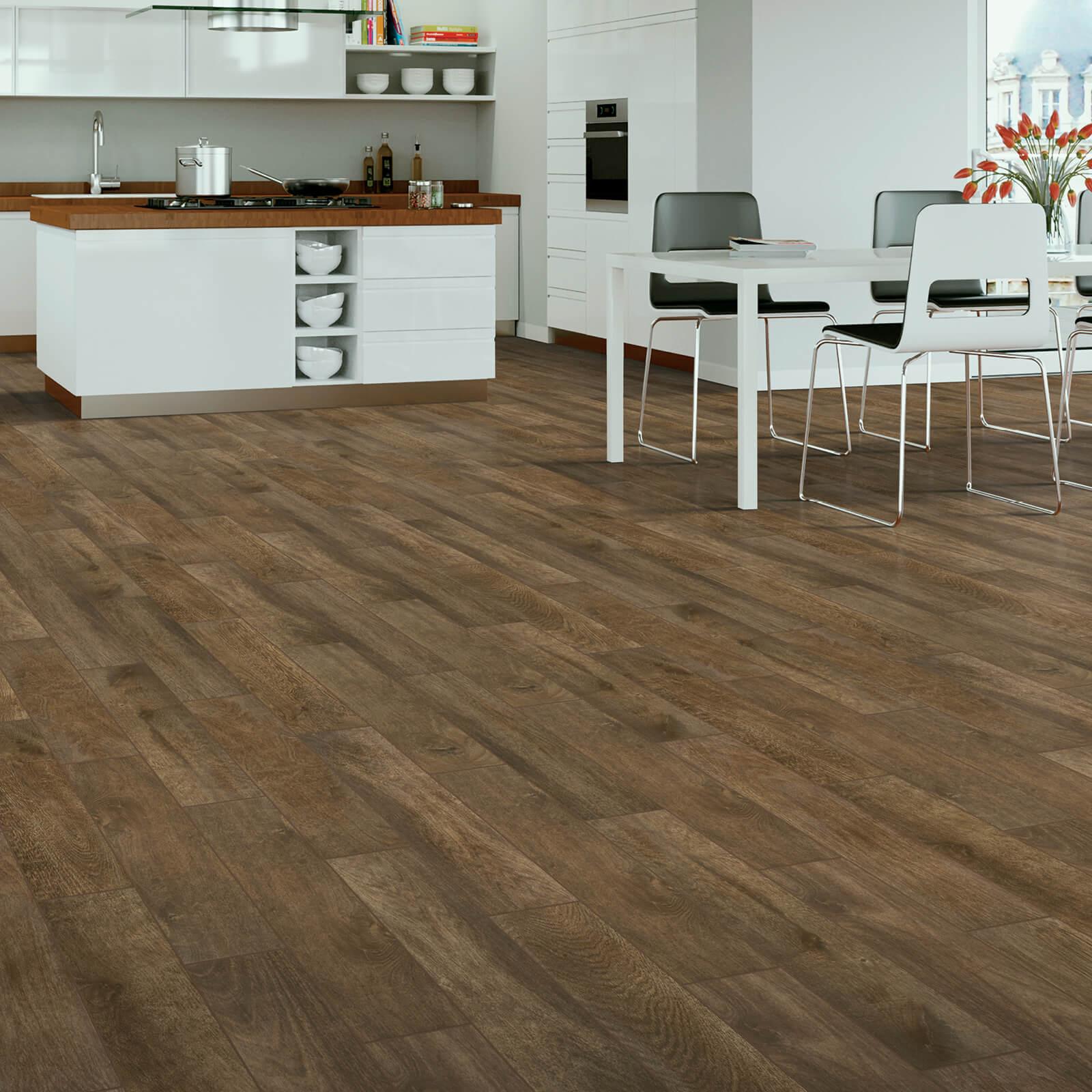 Tile in Kitchen   Haley's Flooring & Interiors